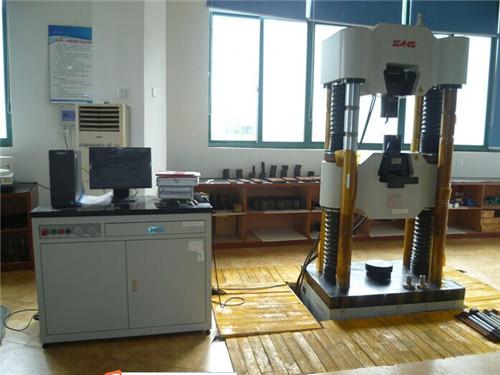 Универсални машини за тестване